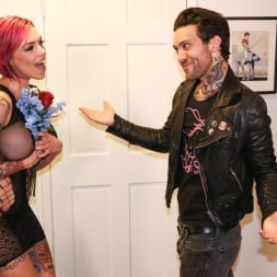 Anna Bell Peaks in 'Burning Angel' Squirtin' Obsession (Thumbnail 4)