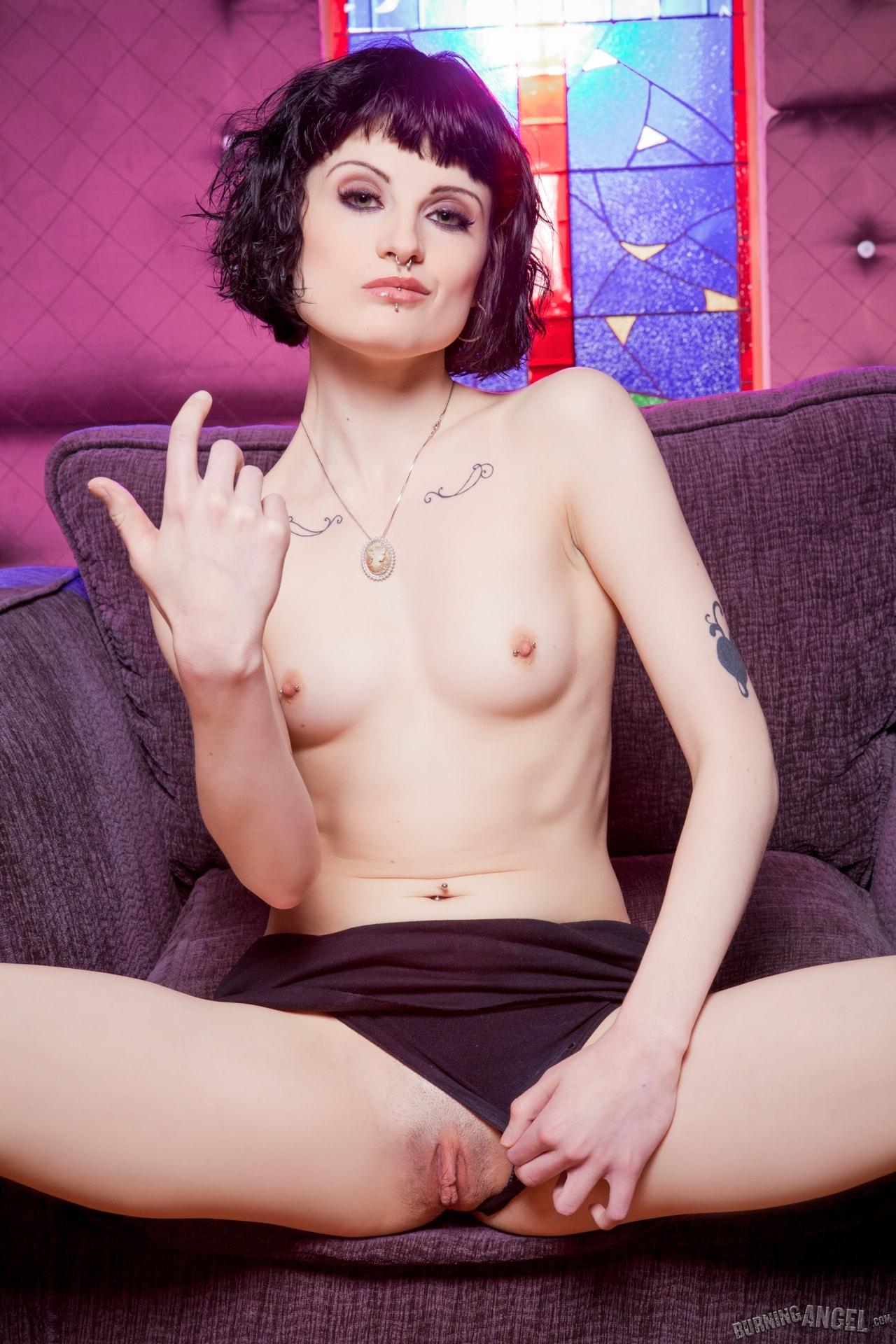 Burning Angel 'Annika POV' starring Annika Amour (Photo 4)