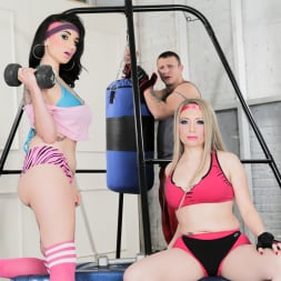 Arabelle Raphael in 'Burning Angel' and Aiden Starr Pump You Up (Thumbnail 1)