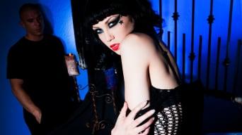 Asphyxia Noir in 'Gothic Princess'