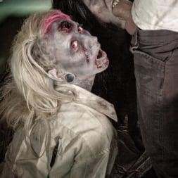 Brittany Lynn in 'Burning Angel' Daryl Dixon Dicks 'Em (Thumbnail 4)