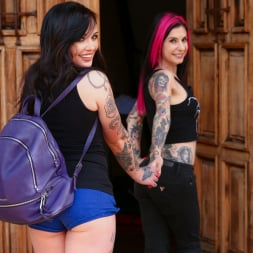 Joanna Angel in 'Burning Angel' Chloe Carter First Time (Thumbnail 2)