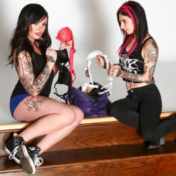 Joanna Angel in 'Burning Angel' Chloe Carter First Time (Thumbnail 3)