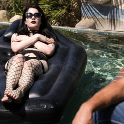 Evelyn Claire in 'Burning Angel' Goth Teen Nymphos (Thumbnail 4)