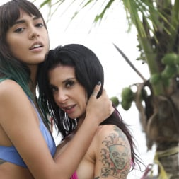 Janice Griffith in 'Burning Angel' Fucking Young Whores On Vacation - Joanna And Janice (Thumbnail 16)