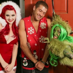 Joanna Angel in 'Burning Angel' How The Grinch Gaped Christmas - Chapter 1 (Thumbnail 2)