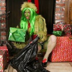 Joanna Angel in 'Burning Angel' How The Grinch Gaped Christmas - Chapter 2 (Thumbnail 1)