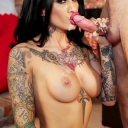 Joanna Angel in 'Burning Angel' How The Grinch Gaped Christmas - Chapter 3 (Thumbnail 14)