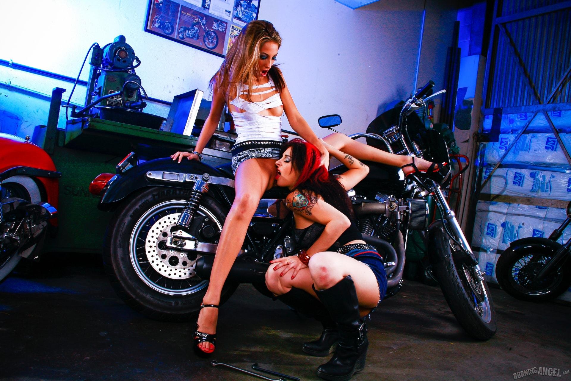 Burning Angel 'Joanna Loves Jenna Haze' starring Joanna Angel (Photo 4)