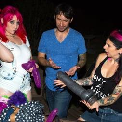 Joanna Angel in 'Burning Angel' Proxy Paige Butt Fun (Thumbnail 3)