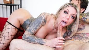 Karma RX 在 'Tits and Tattoos : Karma Rx'