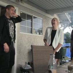 Kendra Cole in 'Burning Angel' BTS Episode 87 (Thumbnail 2)