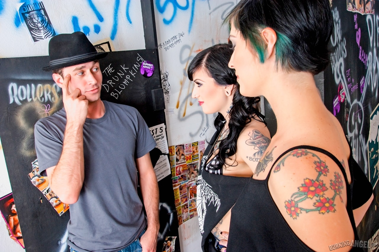Burning Angel 'Bar Bathroom Romp' starring Kleio Valentien (Photo 2)