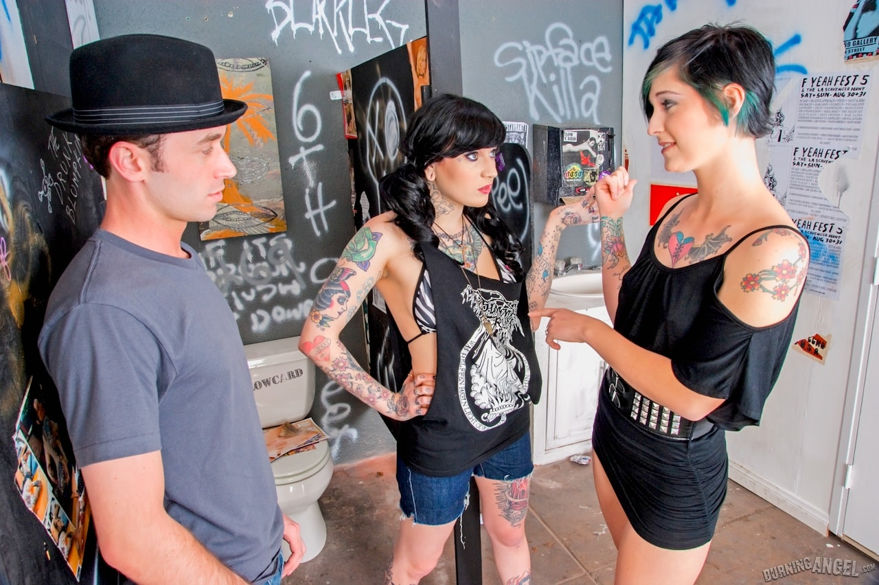 Burning Angel 'Bar Bathroom Romp' starring Kleio Valentien (Photo 3)