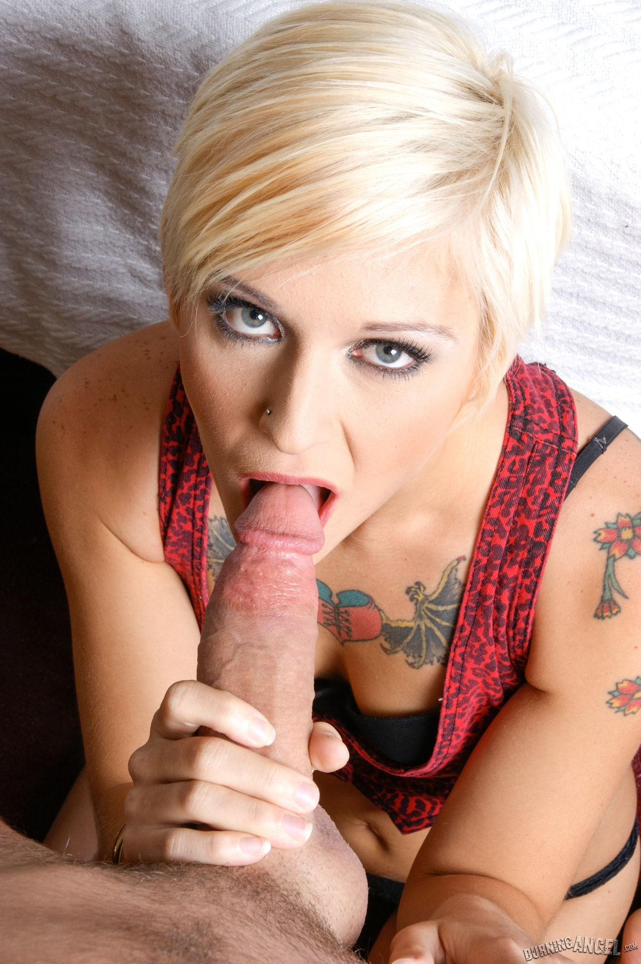 Burning Angel 'Kleio POV' starring Kleio Valentien (Photo 8)