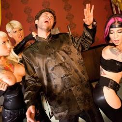 Kleio Valentien in 'Burning Angel' Kung Fu Orgy (Thumbnail 20)