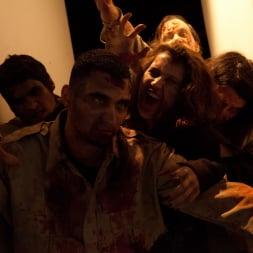 Larkin Love in 'Burning Angel' Walking Dead Orgy! (Thumbnail 5)