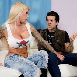 Lolly Ink in 'Burning Angel' Moms Of Anarchy (Thumbnail 3)