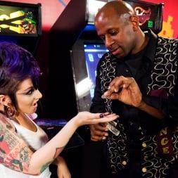 Rizzo Ford in 'Burning Angel' Arcade Bangin! (Thumbnail 3)