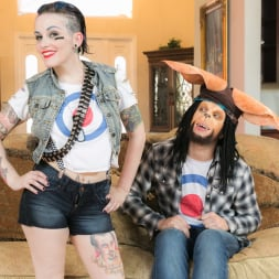 Rizzo Ford in 'Burning Angel' Tank Girl and Booga (Thumbnail 4)