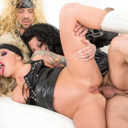Vyxen Steel in 'Burning Angel' Hot Tub Whore Machine (Thumbnail 10)